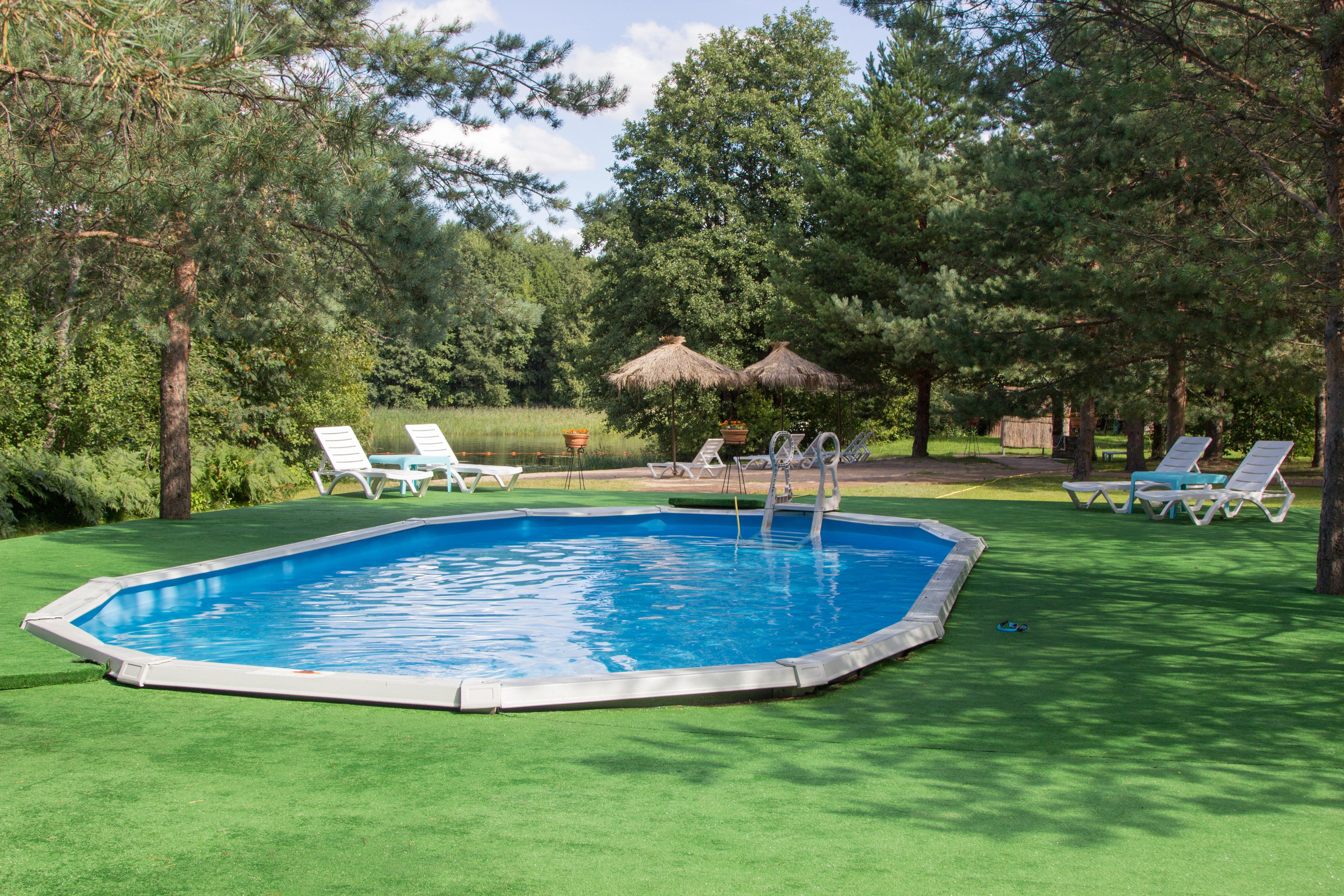Сезонное обслуживание бассейна